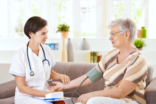 5 Benefits of Receiving Care at Home